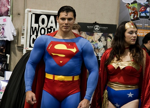 Super Man and Wonder Woman, Photo by San Diego Shooter / flickr